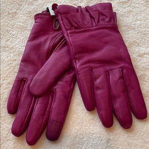 Talbots Double Ruffle Fuchsia Leather Touch Gloves